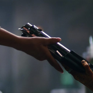 how-did-maz-kanata-end-up-with-anakin-and-lukes-lightsaber